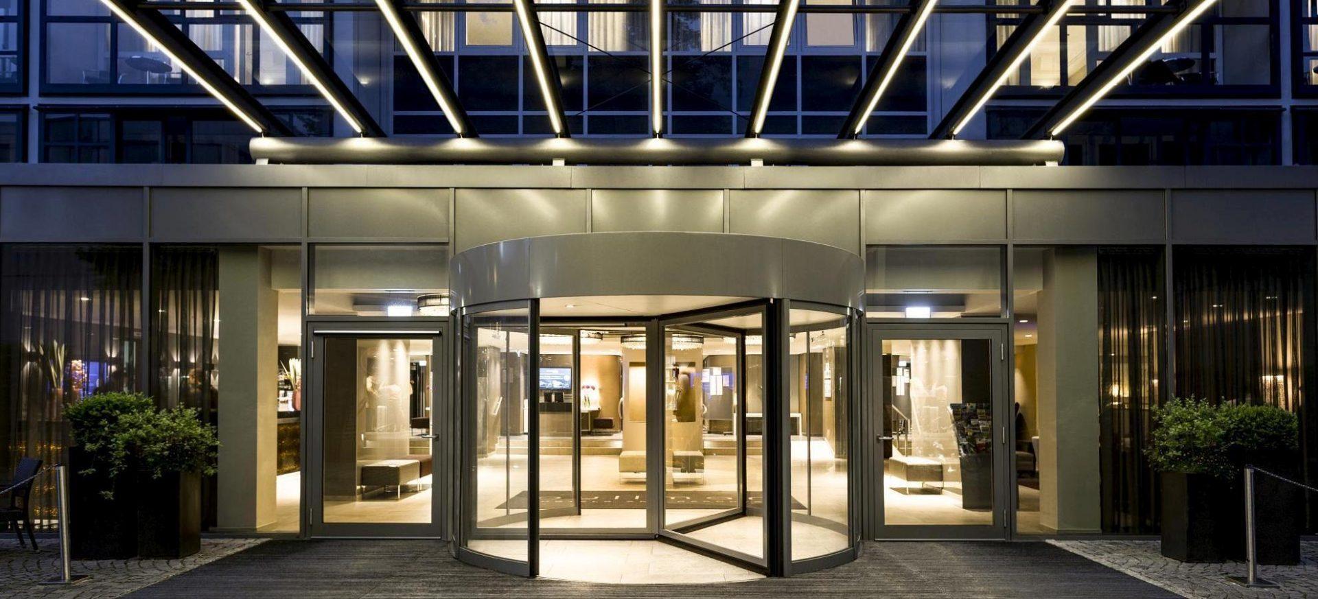 Pullman Munich Eingang / Entrance
