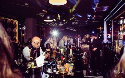 Exklusives HotelBARhopping im Pullman Munich