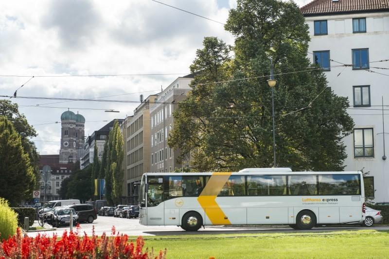 Der Lufthansa Express Bus vom Pullman Hotel in München